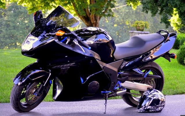 мотоцикл хонда. картинки
