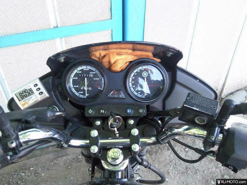 Yamaha YBR125 - приборная панель