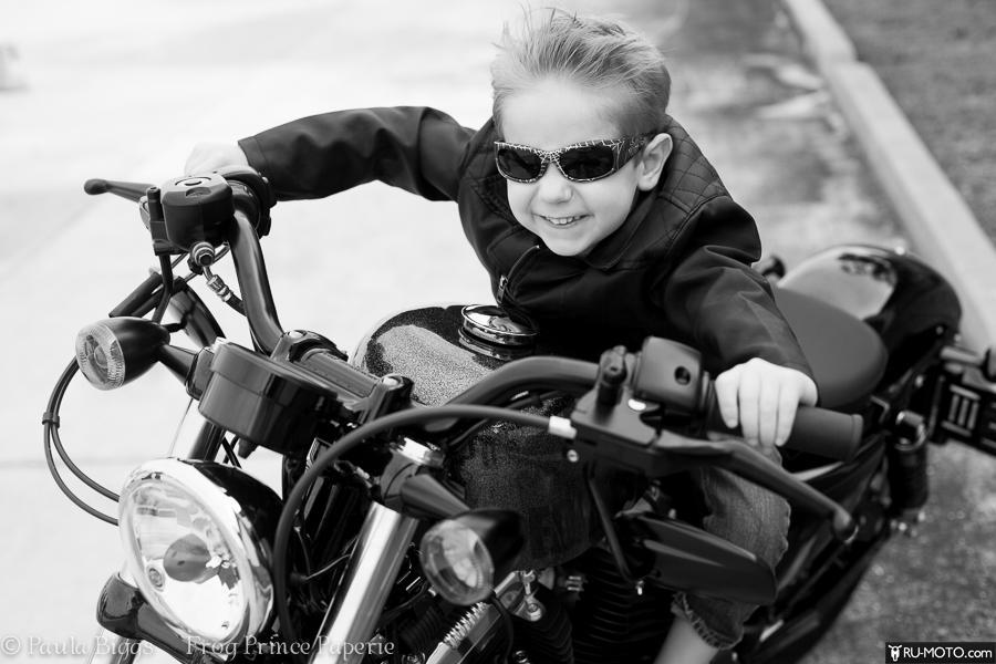 Со скольки лет можно водить мотоцикл