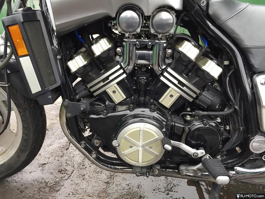 Характеристики Yamaha XVZ 1200 Venture
