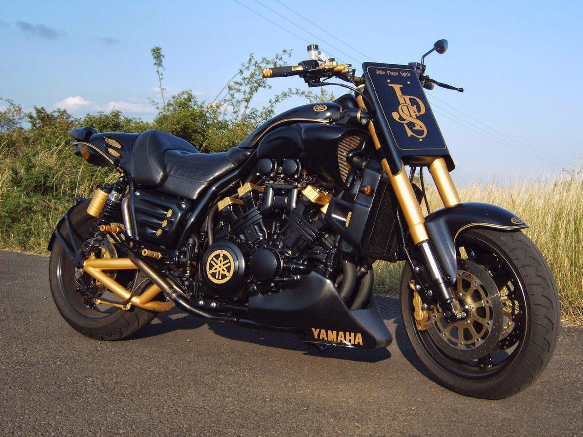 Легендарный Yamaha V-max 1200